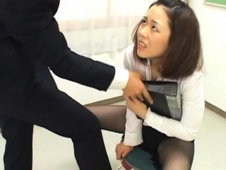 Sexy rendezvous botch totally dominates her slutty colleague