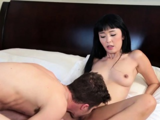 Bungling milf rimming Bad and Breakfast