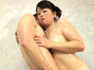 Divine girlfriend Chieko Oomura can't stop cumming from sex