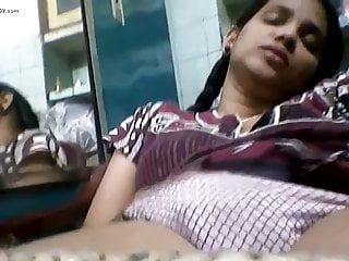 Indian College Girl Sex on Webcam Pic Allurement